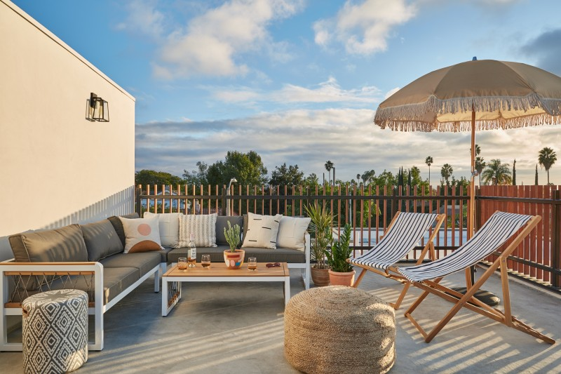 common melrose coliving los angeles roof deck